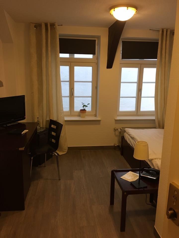 Zimmer 44